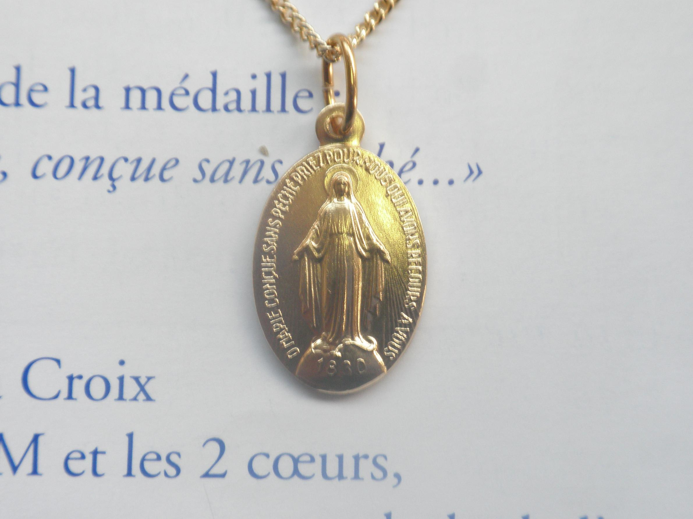 shop paris medaille miraculeuse accessories