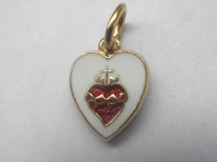 Costume Jewelry Special Edition Necklaces & Pendants