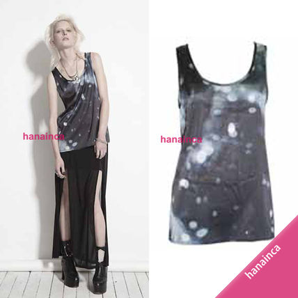 Star Tanks & Camisoles