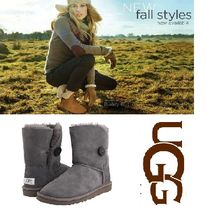 UGG Australia BAILEY BUTTON Round Toe Rubber Sole Casual Style Sheepskin Suede Plain