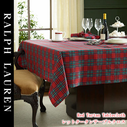 Ralph Lauren let Tartan tablecloth