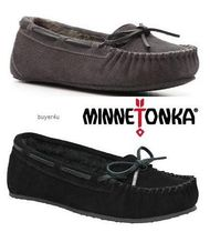 Minnetonka Moccasin Pointed Toe Shoes