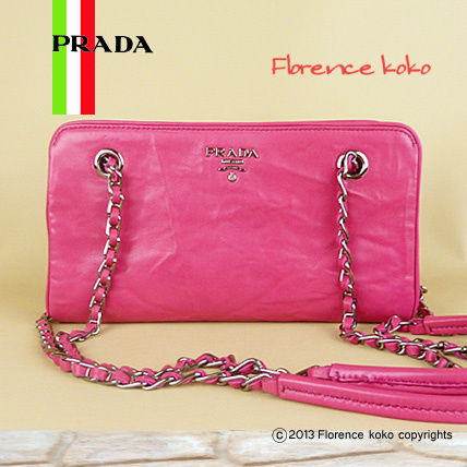 PRADA Shoulder Bags Fuchsia Pink Nappa Leather Snap Closure Chain Shoulder Bag