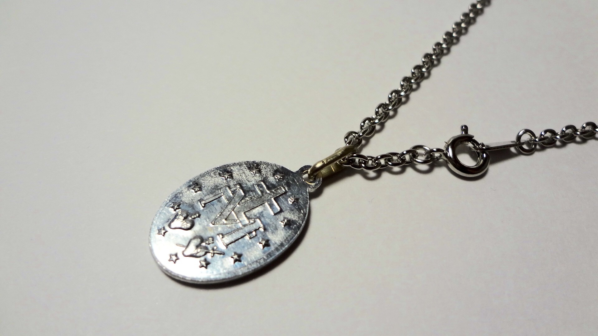 shop one of a kind paris medaille miraculeuse