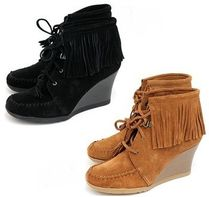 Minnetonka Suede Plain Fringes Wedge Boots