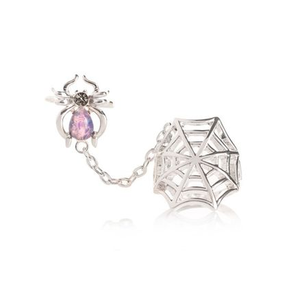 Costume Jewelry With Jewels Rings