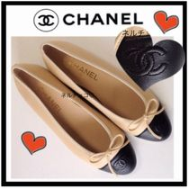 CHANEL TIMELESS CLASSICS Leather Flats