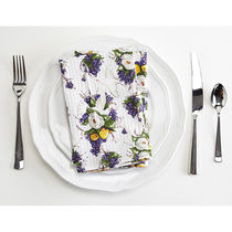 Jessie Steele Tablecloths & Table Runners