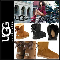 UGG Australia MINI BAILEY BOW Round Toe Sheepskin Street Style Plain Ankle & Booties Boots