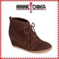 Minnetonka Wedge Suede Plain Party Style Wedge Boots