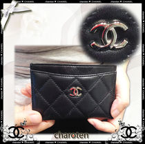 CHANEL TIMELESS CLASSICS Unisex Lambskin Plain Card Holders