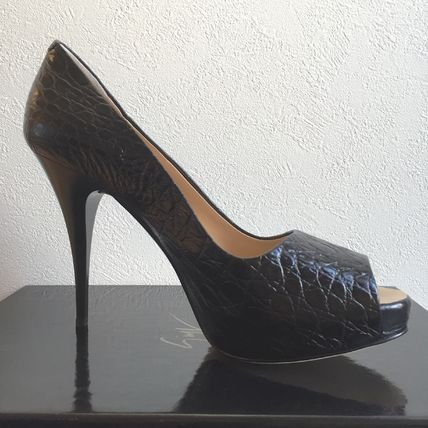 Zanotti Croco Embossing platform pumps