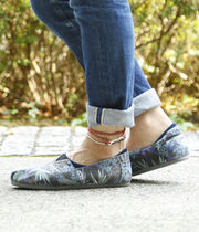 TOMS Tropical Patterns Blended Fabrics Loafers & Slip-ons