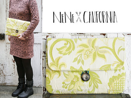 Flower Patterns Street Style Clutches