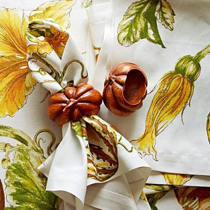 Williams Sonoma Halloween Tablecloths & Table Runners