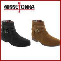 Minnetonka Suede Street Style Plain Ankle & Booties Boots