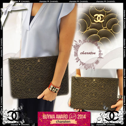 CHANEL Clutches Grey&Gold/GHW Lambskin Camelia Large Clutch Bag