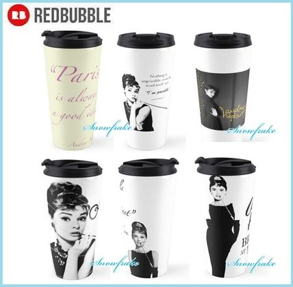 RED BUBBLE Cups & Mugs