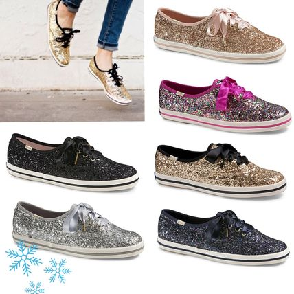 0-3 cm Round Toe Collaboration Low-Top Sneakers