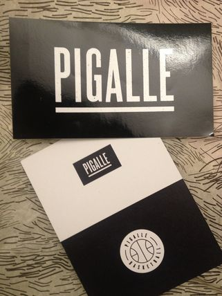 Paris order PIGALLE box logo sticker