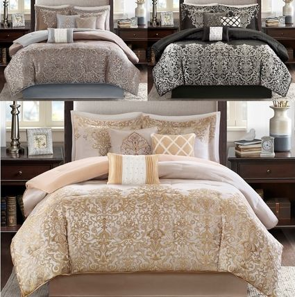 Elegant shiny luxury Comforter set