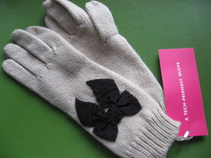 Kate Spade Ribbon cute gloves for smartphone