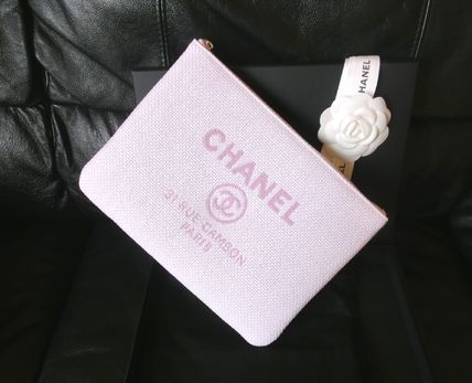 CHANEL Clutches Clutches