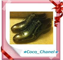 CHANEL Enamel Plain Oxfords