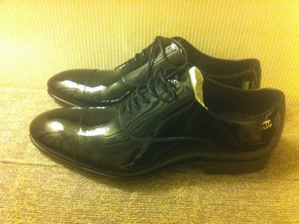 CHANEL Oxfords Enamel Plain Oxfords 2