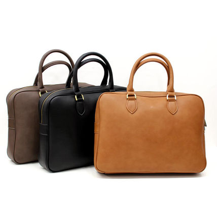 You can feel the sense of luxury and quality of business bag
