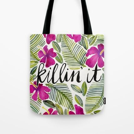 Tropical Patterns Totes