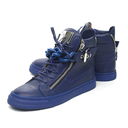 Chain strap High cut sneaker  BLUE
