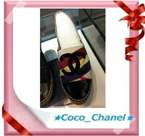 CHANEL ICON Loafers & Slip-ons