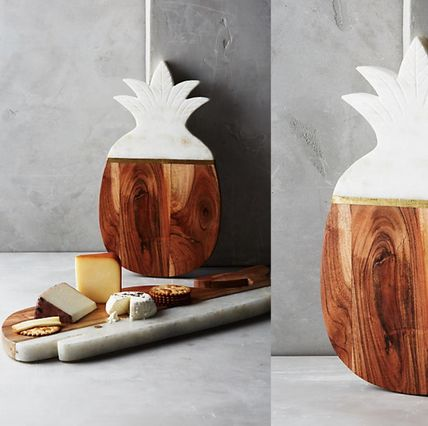 Anthropologie * Marble & Acacia pineapple cutting board