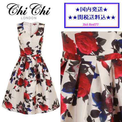 Chi Chi London Flower Patterns Sleeveless Flared V-Neck Medium Dresses