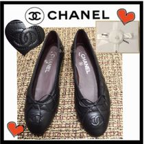 CHANEL ICON Round Toe Plain Leather Office Style Flats