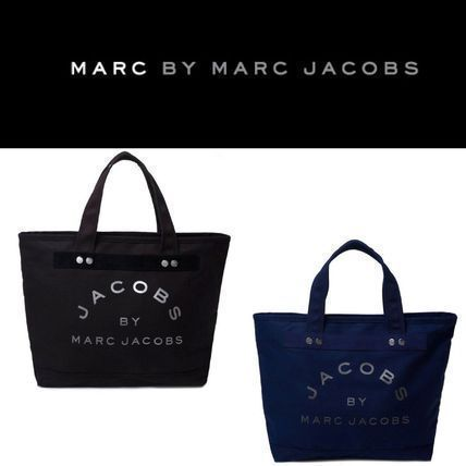 Deliver retail stores exclusive MARC BY MARC JACOBS TOTE BAG