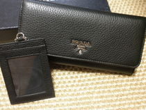 PRADA SAFFIANO LUX Calfskin Plain Long Wallets