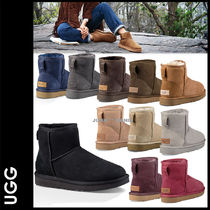 UGG Australia CLASSIC MINI Casual Style Sheepskin Plain Ankle & Booties Boots