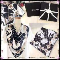 CHANEL Flower Patterns Office Style Handbags