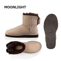UGG Australia Round Toe Sheepskin Plain Ankle & Booties Boots