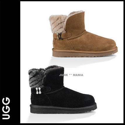 And UGG AN ALIA /19.5-24.5 adults and put it
