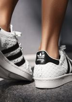 adidas SUPERSTAR Casual Style Street Style Leather Python Low-Top Sneakers