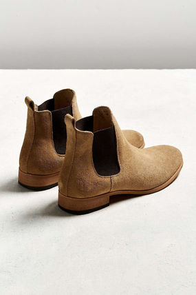 Urban Outfitters Plain Toe Suede Street Style Plain Chelsea Boots