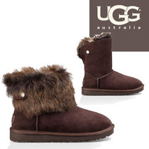 UGG Australia Round Toe Casual Style Sheepskin Plain Wedge Boots