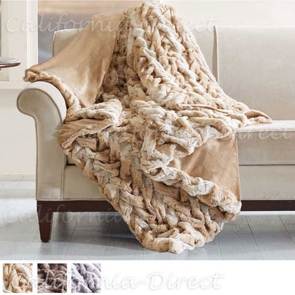 Hampton Hill gray faux leather Queen / King blanket