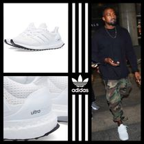 adidas ULTRA BOOST Street Style Sneakers