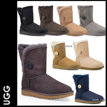 UGG Australia BAILEY BUTTON Round Toe Casual Style Sheepskin Plain Flat Boots
