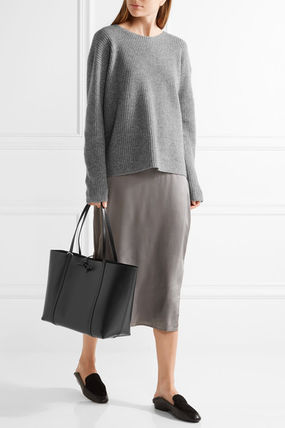 Street Style Plain Leather Office Style Shoulder Bags