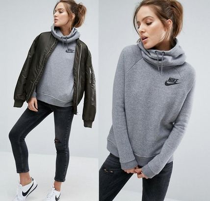 Nike Hoodies & Sweatshirts
